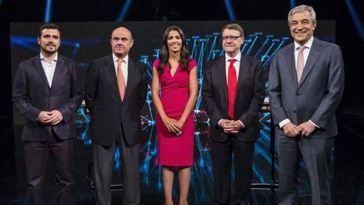 Todos contra el Gobierno en el principal debate económico de la campaña