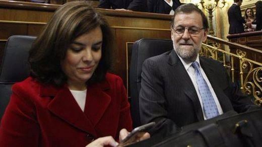 La vicepresidenta del Gobierno, a contracorriente en el PP: tilda de