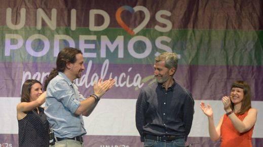 Iglesias advierte contra la gran coalición: 'Apoyar al PP no es serio ni responsable'