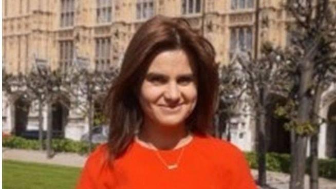 Aumenta la tensión en Reino Unido: muere una diputada laborista tras ser atacada al grito de 'Britain first'