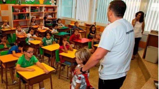 La educación pública habría perdido 10.000 profesores fijos al año durante el Gobierno de Rajoy