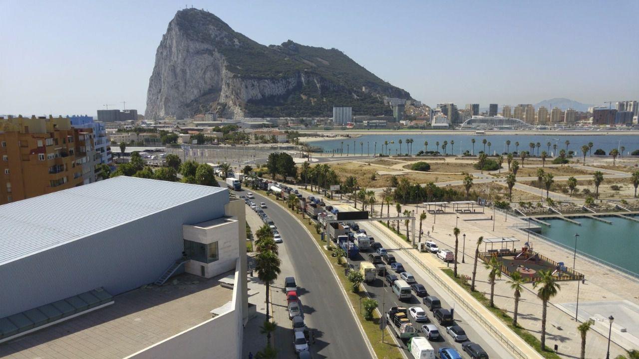 Así cambiaría la situación de la Verja de Gibraltar si triunfa el Brexit