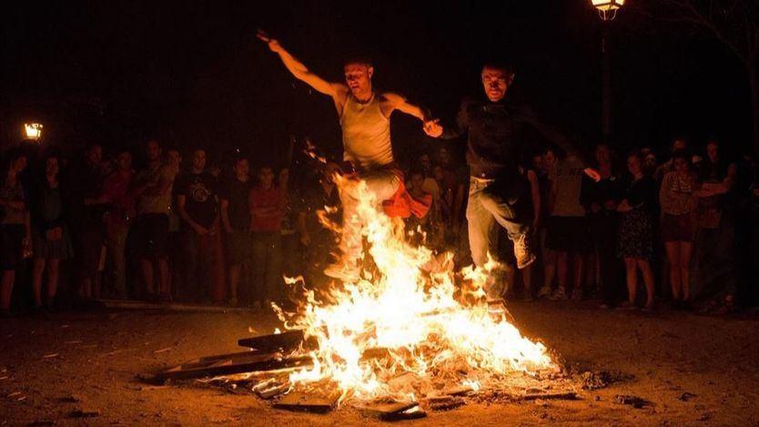 Rituales de la noche de San Juan: cómo lograr suerte, amor y purificación
