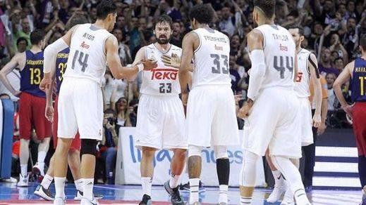 El Madrid de baloncesto sí sabe ganar la Liga: triunfo ante el Barça y ¡campeón!
