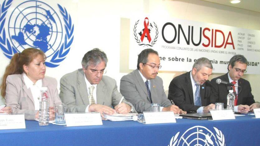 Naciones Unidas, a través de su programa ONUSIDA, pretende reducir a la mitad las muertes por sida en el próximo lustro