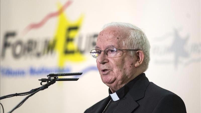 Caen en saco roto las denuncias contra Cañizares por sus 'rajadas' sobre los refugiados y el 'imperio gay'