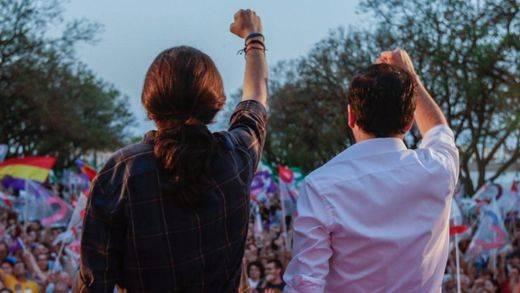 Iglesias vaticina que Unidos Podemos gobernará en 2 años si el PSOE se rinde a la gran coalición