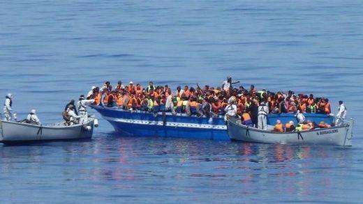 Fin de semana de la desesperación en el Mediterráneo: rescatados más de 3.300 inmigrantes