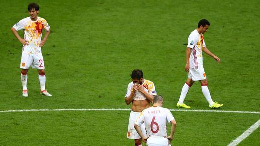 El fin de una era: La Roja campeona se destiñe