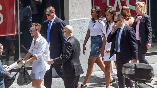 Las hijas de Obama, de compras en las tiendas de ropa de la Gran Vía madrileña