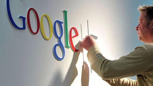 Hacienda pulsa el 'voy a tener suerte': busca en Google evasión fiscal