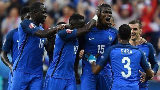 Eurocopa: Francia despierta de su sueño a Islandia y se cita con Alemania en semifinales (5-2)