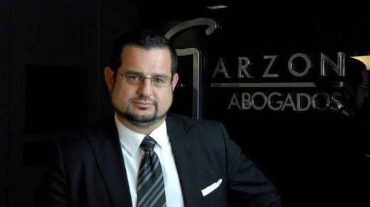 El mediático abogado Garzón gana a sus denunciantes
