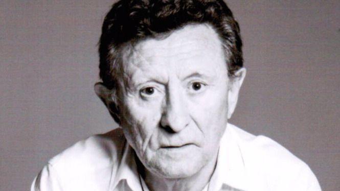 Ramiro Facal, poeta y analista de prensa: 'El lector debe ser crítico y no contemplativo'