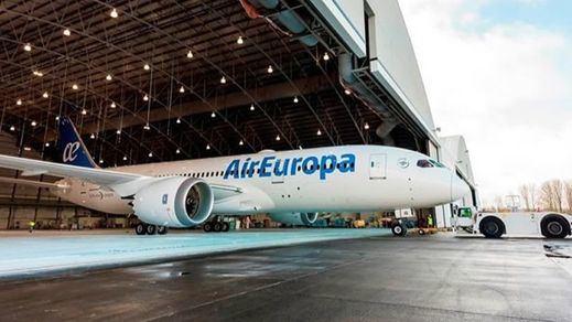 Los pilotos de Air Europa se van a la huelga en plena temporada de turismo de verano, entre finales de julio y principios de agosto