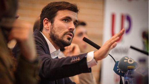 Alberto Garzón reprocha a Ferraz que no proponga alternativa al Gobierno de Rajoy