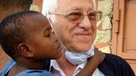 Diariocrítico se suma a la recogida de firmas para solicitar el Nobel de la Paz al Padre Ángel