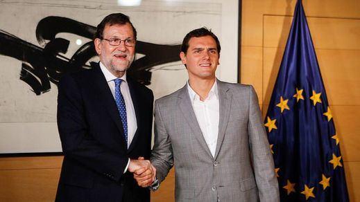 Rivera descarta el 'sí' a Rajoy pero contempla facilitar un Gobierno en minoría
