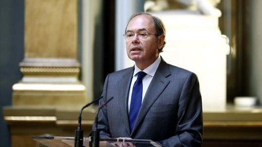 Pio García-Escudero, reelegido presidente del Senado con Podemos fuera de la Mesa