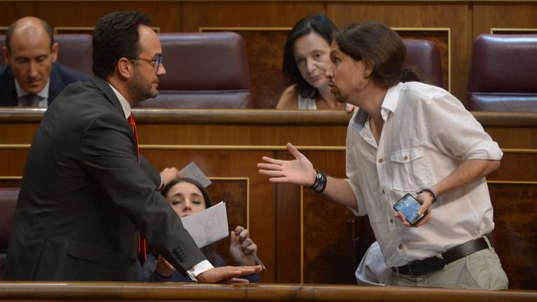 Pablo Iglesias renuncia ya a una alternativa progresista al Gobierno del PP