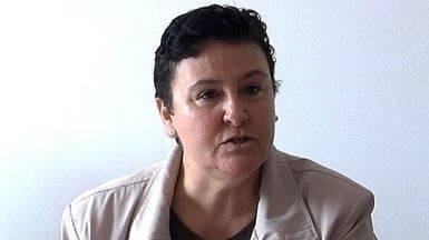 El Gobierno obliga a la mujer maltratada Mar�a Salmer�n a trabajos comunitarios en lugar de indultarla plenamente