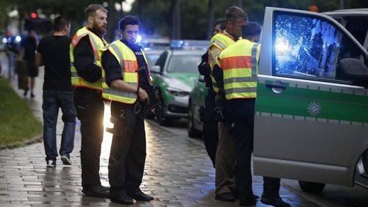 Atentado de Múnich: los vídeos del tiroteo en el centro comercial Olympia