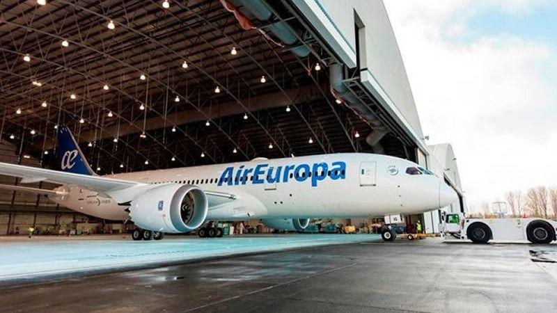 Cancelados un total de 114 vuelos por la huelga de pilotos de Air Europa