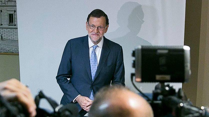 Denuncian el inmovilismo de Rajoy a una semana de intentar su investidura: 'No está negociando'