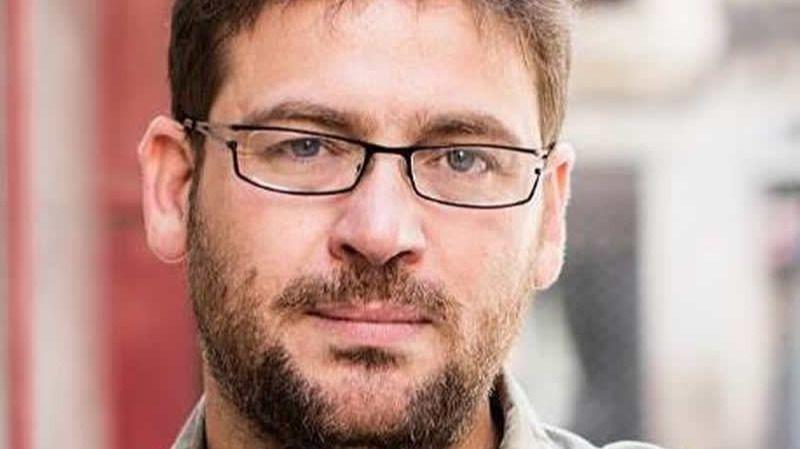 El nuevo líder de Podemos en Cataluña, un crítico de Iglesias: Albano Dante Fachín