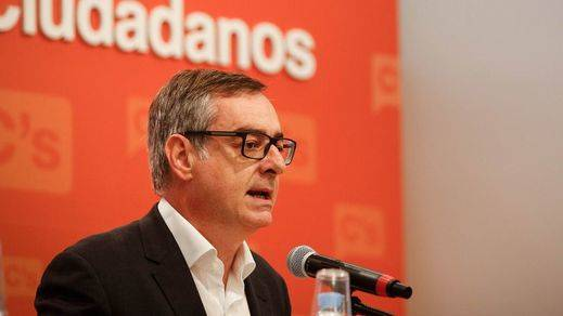 Ciudadanos insta a Rajoy a aceptar el encargo del Rey aunque no tenga apoyos