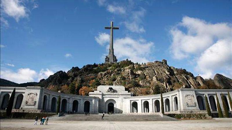 Patrimonio Nacional ordena dos informes para la primera exhumación civil en el Valle de los Caídos