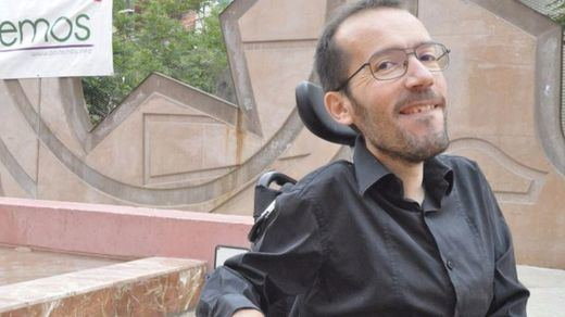 Lluvia de reacciones al polémico ex asistente 'sumergido' de Echenique