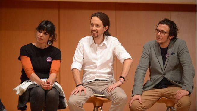 Pablo Iglesias s�lo ser� portavoz de una treintena de diputados: los andaluces tambi�n tendr�n su 'grupo'