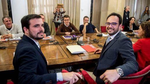 La presión vuelve sobre Sánchez ante el temor a que esté negociando en secreto