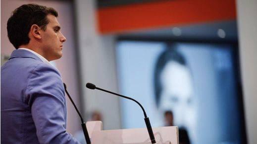 > Rivera propondrá a Rajoy un pacto por la unidad de España desligado de la investidura