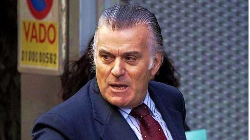 La Fiscalía se viste de 'abogado' del PP: recurre por los ordenadores de Bárcenas