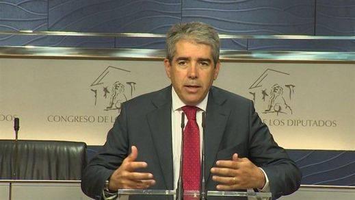 El PP y el PSOE rectifican y dejan a Convergència sin grupo en el Congreso