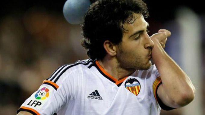 El Valencia carga contra su todavía jugador Parejo: 'Falta el respeto al club'