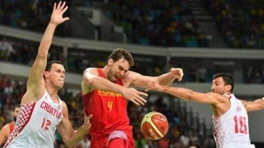 La primera, en la frente: petardo de España ante Croacia en su debut olímpico (70-72)