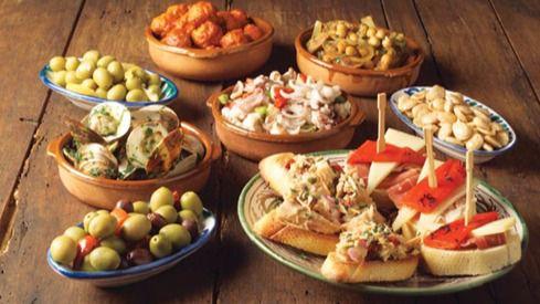 La Academia de Gastronomía apuesta por las tapas para la 'marca España' más que por la cocina creativa