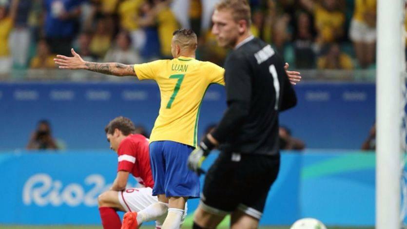 El Brasil de Neymar despierta a tiempo y evita un fracaso olímpico con una goleada a Dinamarca (4-0)