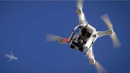 Un dron enciende las alarmas: casi choca con un avión de pasajeros