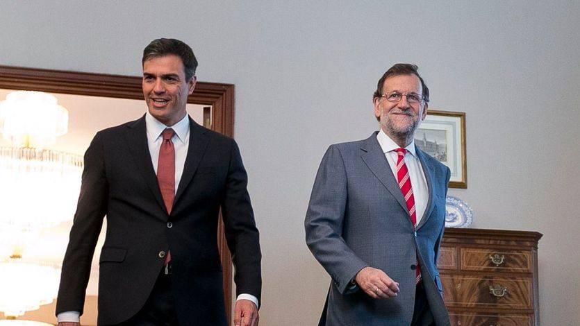 Suma y sigue en el debate del PSOE: suenan más voces a favor y en contra del 'no' a Rajoy