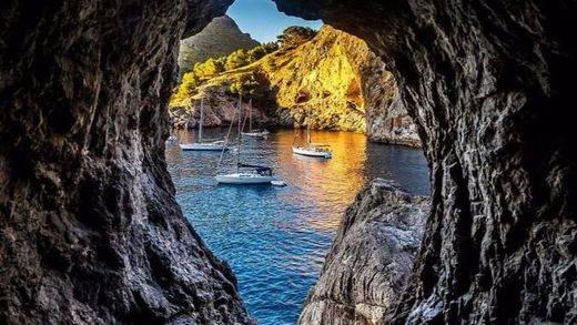 Yachtscharterin, la puerta de entrada al mundo del chárter
