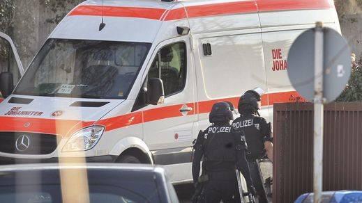 Un hombre armado con un cuchillo y líquido inflamable deja varios heridos en un tren suizo