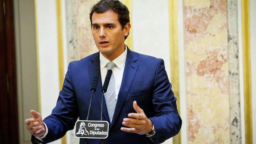 Rivera urge al PSOE a 'poner en marcha la legislatura' para exigir a Rajoy 'las reformas que nunca ha querido hacer'