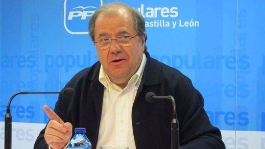 Herrera, ¿jubilando a Rajoy?: reclamó a puerta cerrada un