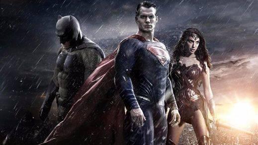J.J. Abrams podría hacerse cargo de la nueva película de Superman, tras 'Star Trek' y 'Star Wars'