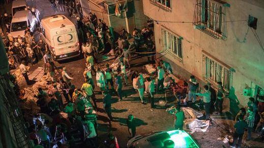 Aumentan a 54 las víctimas mortales del atentado del ISIS en Turquía: 29 de ellas, niños