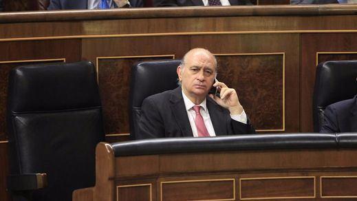 Lista la querella de Convergència contra Fernández Díaz por la 'conspiración' grabada